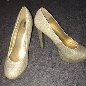 """5"""" Sparkly Heels"""